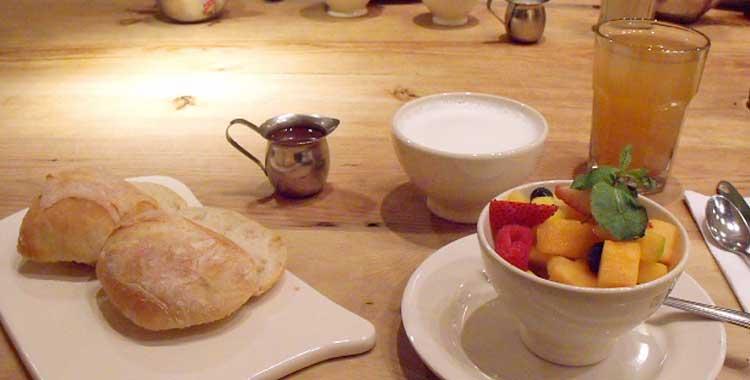 Café da manhã no Le Pain Quotidien - NYC
