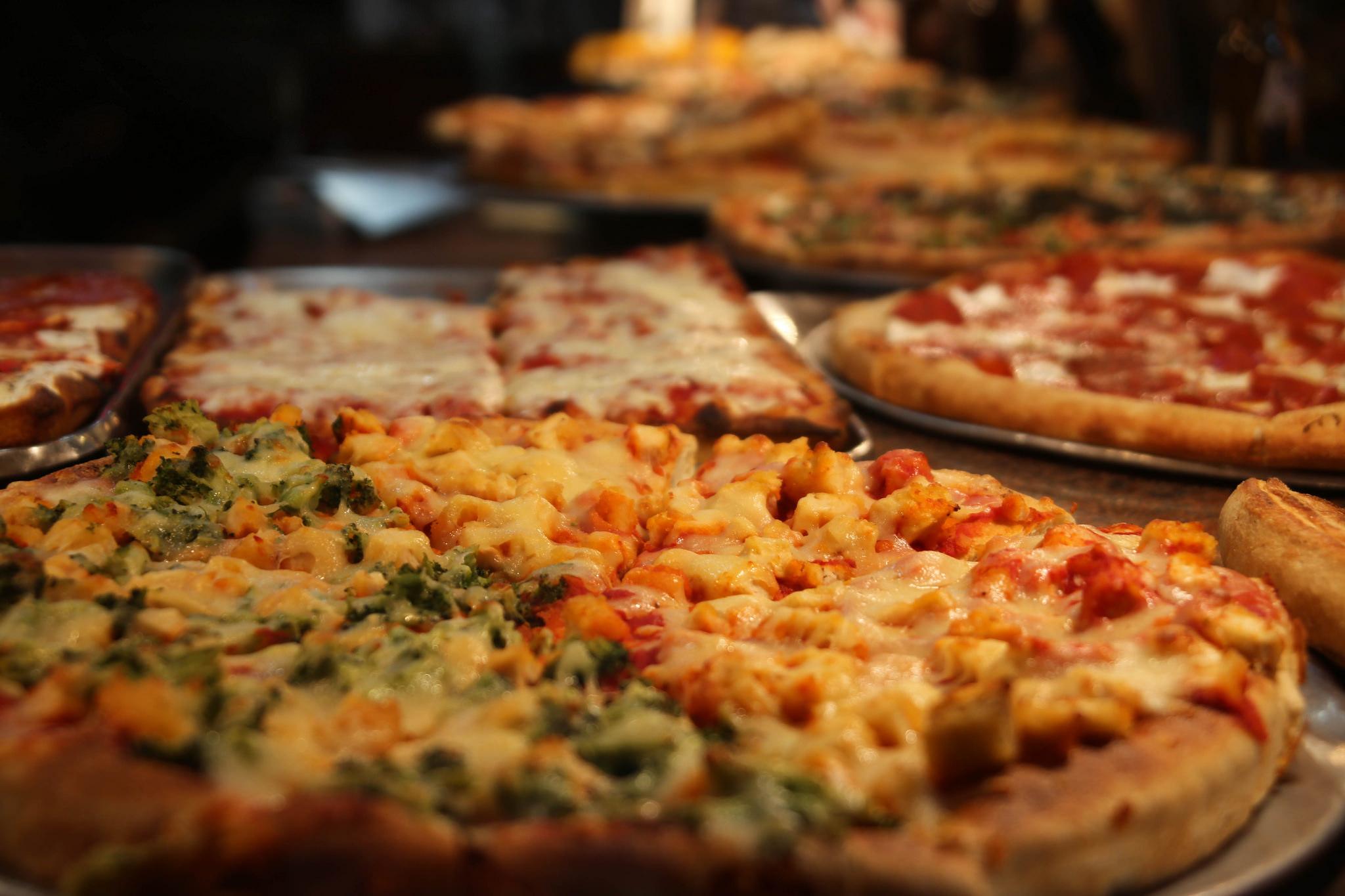 Alimentação: Pizza por Paul Sableman